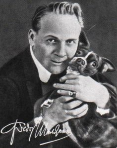 История французского бульдога: Фёдор Шаляпин со своей собакой