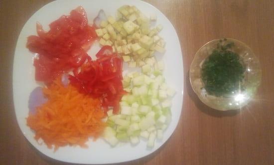 Измельчённые овощи для собаки